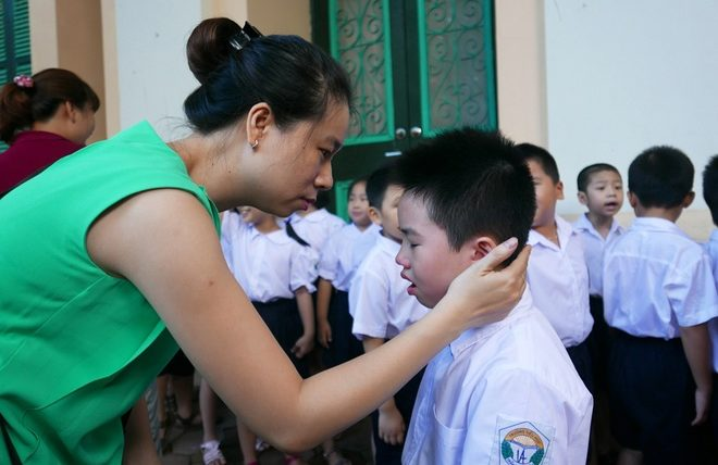 Bố mẹ cần chuẩn bị gì cho trẻ vào lớp một ?